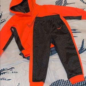 Nike sweatshirt and sweats boys size 24M